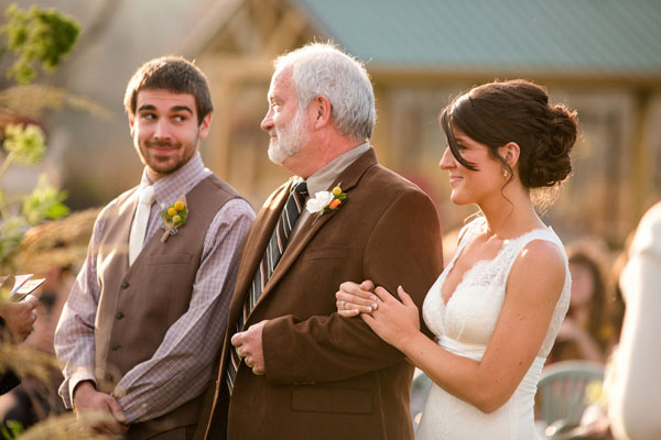 father-son-wedding-moments-loverly10